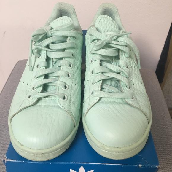 adidas Shoes Småbarn Stan Smith Sneakers Størrelse 5c         Poshmark    adidas Sko   title=         Stan Smith Sneakers Størrelse 8          Poshmark
